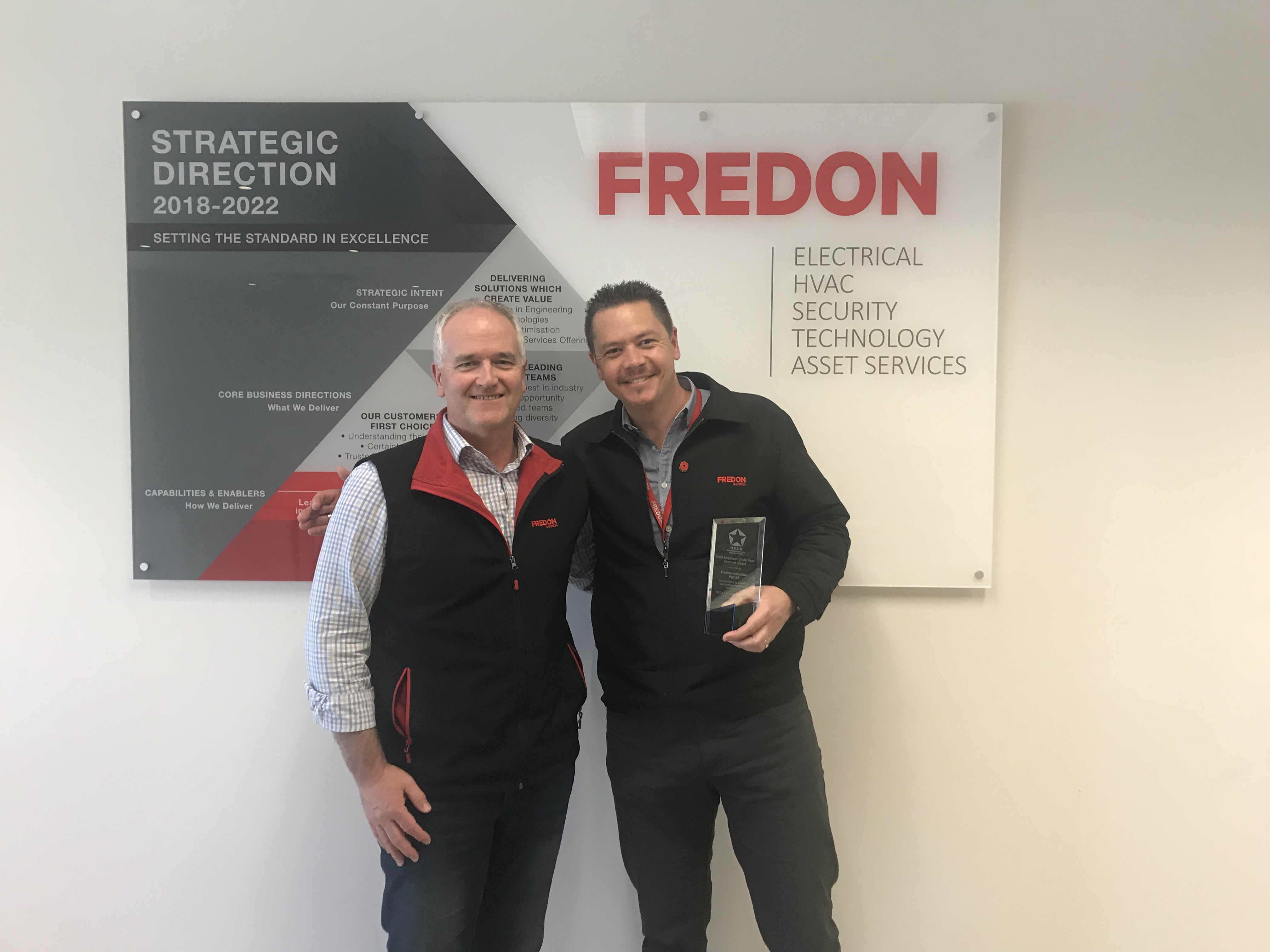 Fredon wins the 2019 NECA Large Electrical Host Employer of the Year